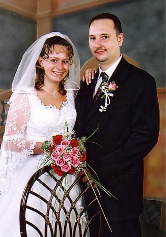 Svatba se uskutečnila v roce 2004.