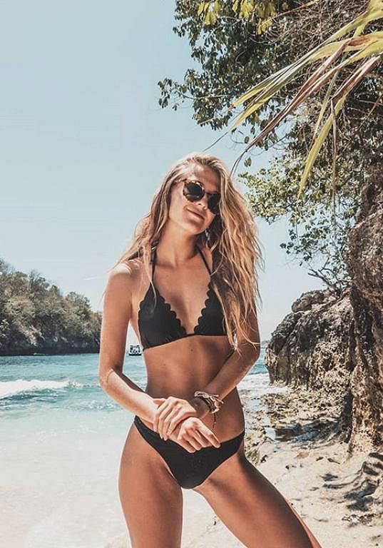 Kotková si užívá exotiku na Bali.
