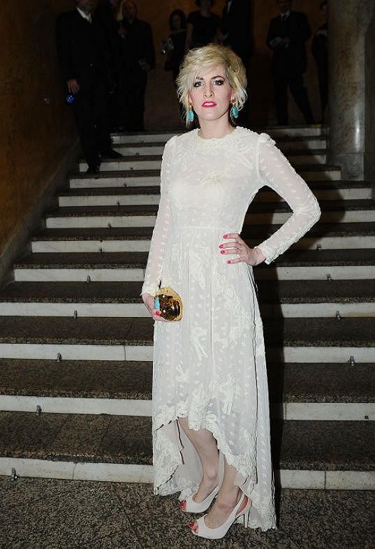 Na slavnostní předávání cen si Vytisková oblékla šaty z průhledné krajky připomínající záclonu.