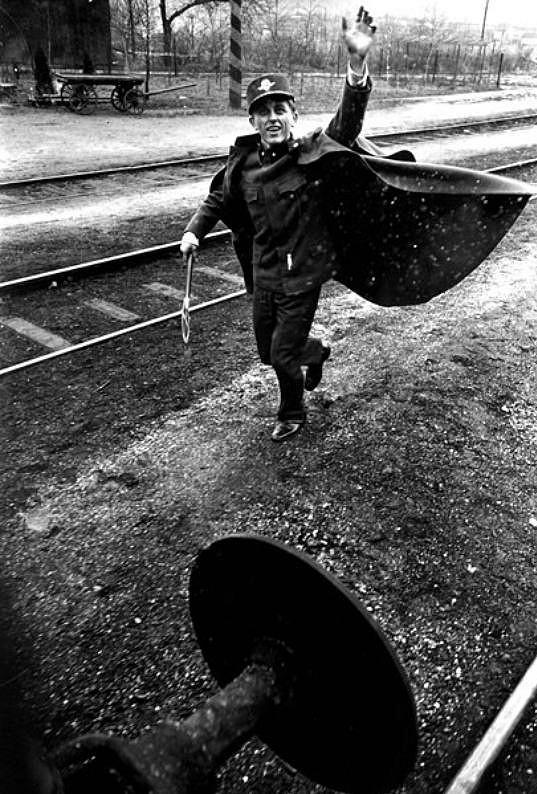 Václav Neckář v oscarovém filmu Ostře sledované vlaky (1966)