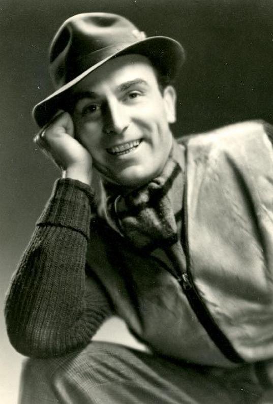 S úsměvem prohlašoval, že byl vždy spíše milovníkem ve filmu, než v životě.