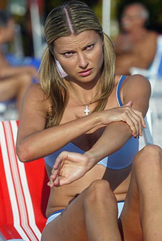 Jitka Kocurová ve své nezapomenutelné filmové roli Pamely, kterou si zahrála v Účastnících zájezdu (2006).