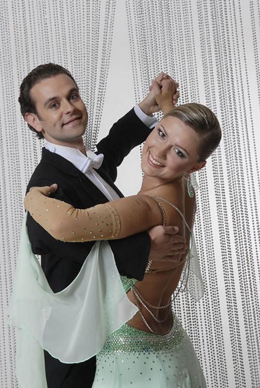 Postup krásky Moniky Žídkové a Jana Halíře překazila autonehoda.