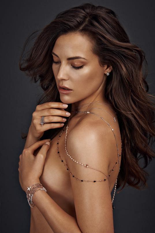 Kateřina Sokolová má dokonalou postavu, ale světu modelingu vládnou anorektičky.