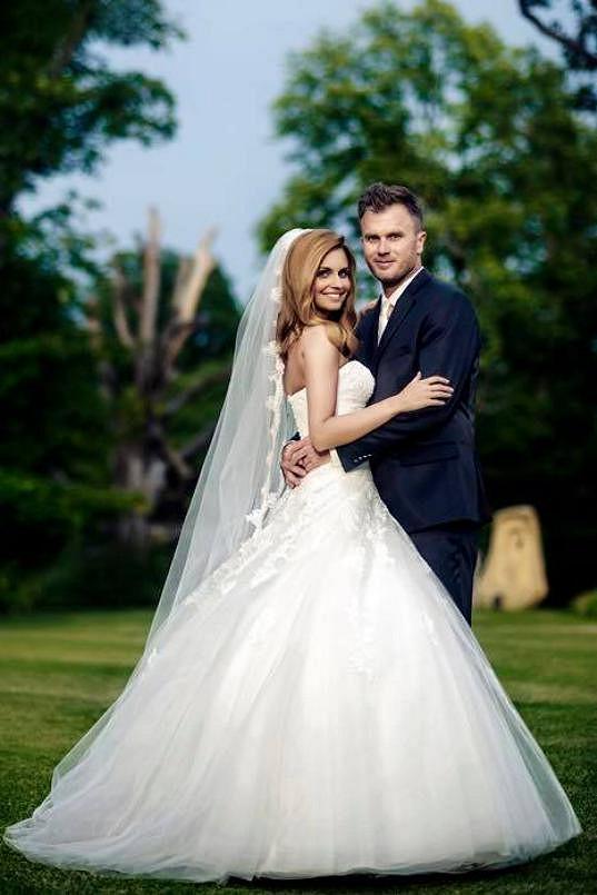 Tereza čeká s o čtrnáct let starším partnerem Tomášem Jandou prvního potomka.