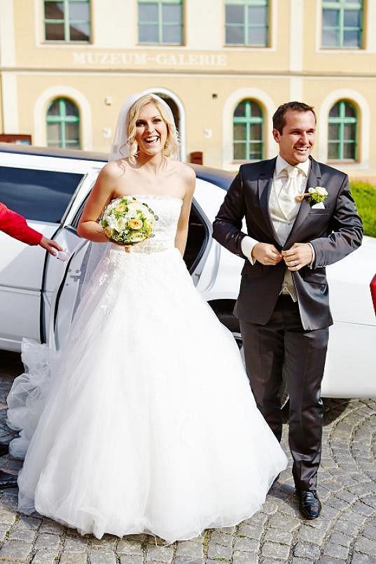 Zorka se v červnu vdala za přítele Míru.
