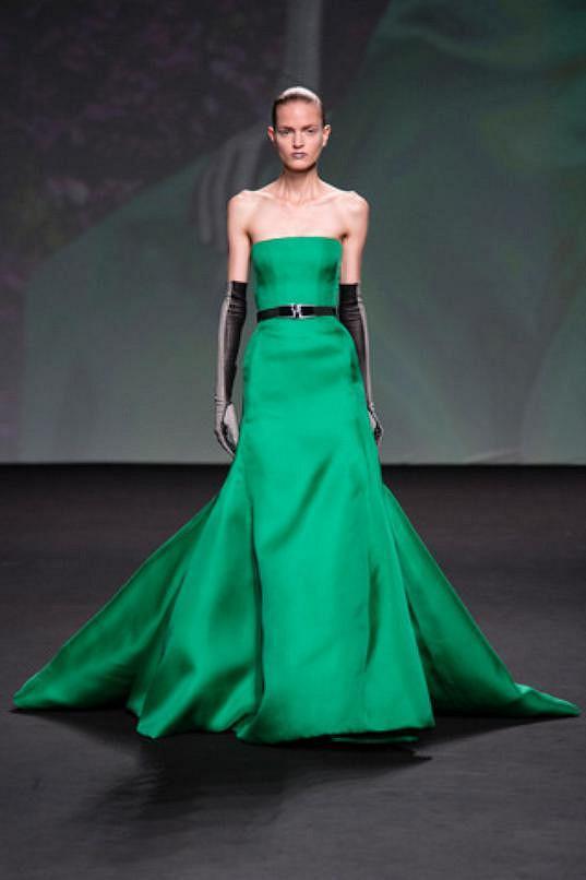 Prezentace couture módy podzimní kolekce Dioru.