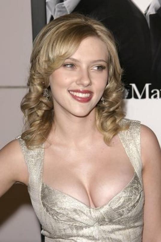 Scarlett Johansson, jak si ji každý pamatuje.