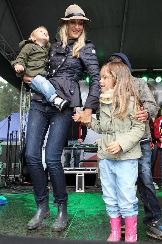 Tereza své děti nenechá hlídat nikým cizím.