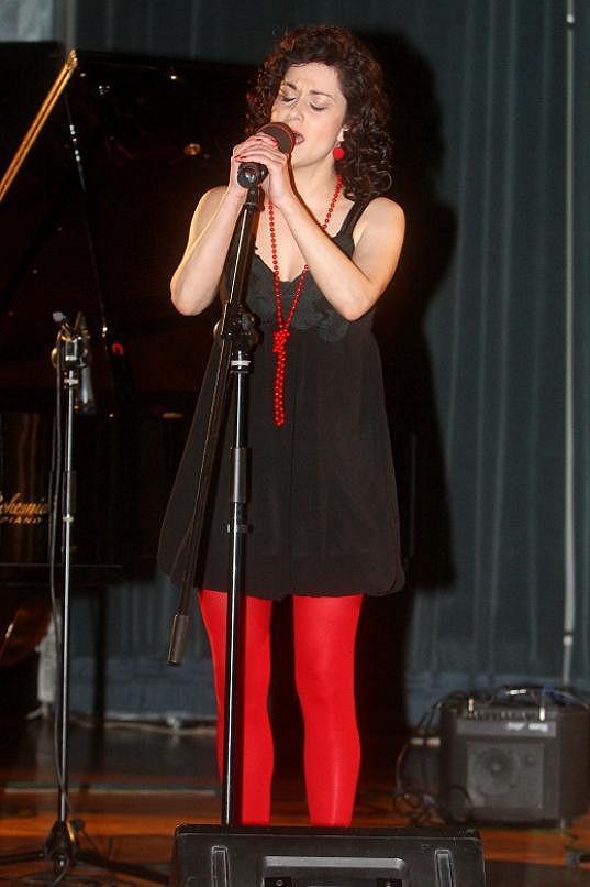 Lucia Šoralová měla outfit na hraně.