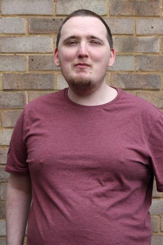 Jeho současná váha je 82,5 kilogramů, což je o 30 kil méně než v jeho obézním období.