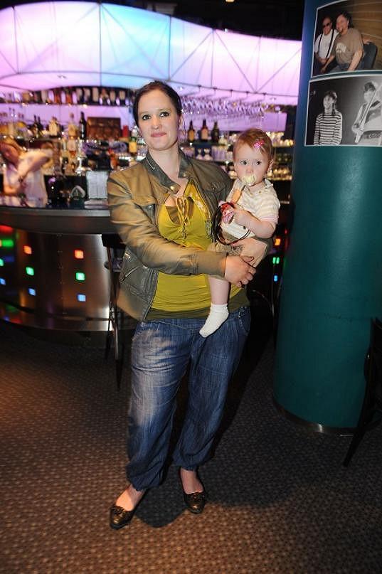 Natálie ještě bojuje s kily, která nabrala při těhotenství s Miou.