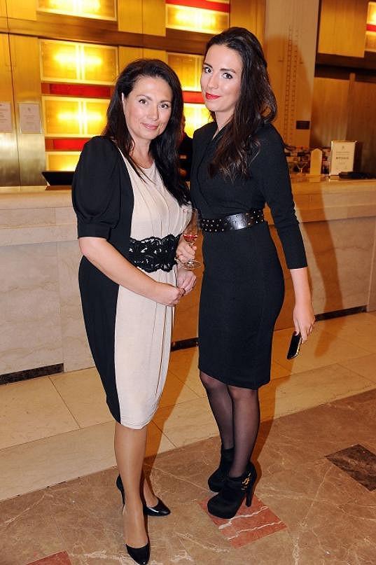 Bobošíková s dcerou jsou si velmi podobné.