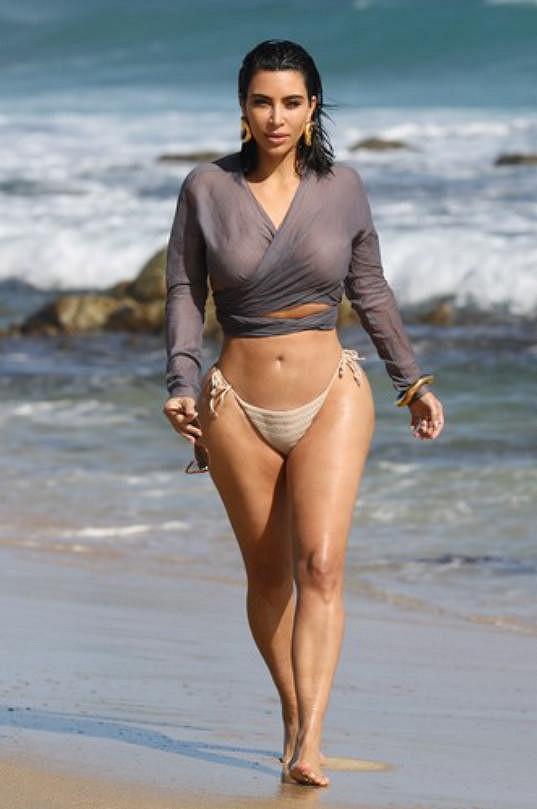Kim Kardashian si udržuje váhu okolo 54 kg.