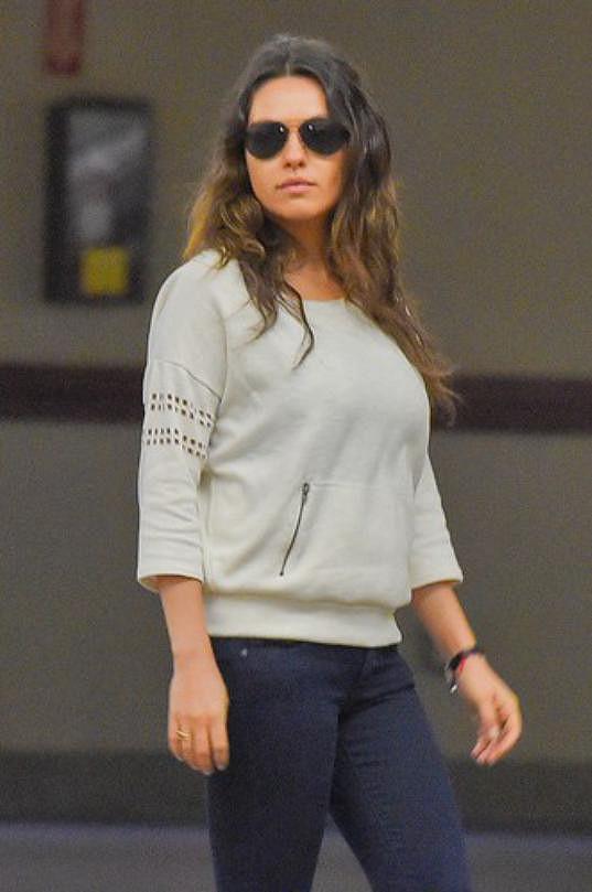 Málokdo by řekl, že byla ještě před dvěma měsíci těhotná.