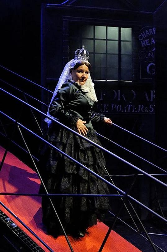 Jitka Zelenková v roli královny Viktorie