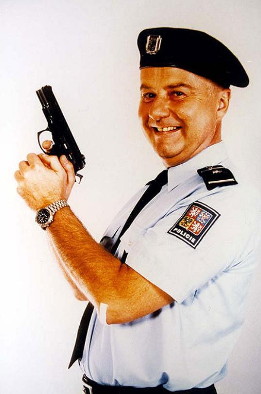 Ladislav Potměšil v roli majora Maisnera.