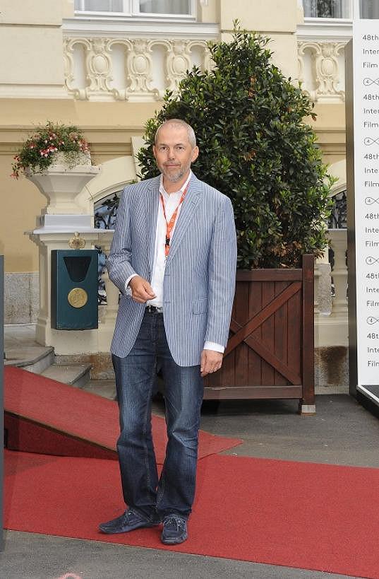Marek Eben vypadá jako pravý džentlmen.