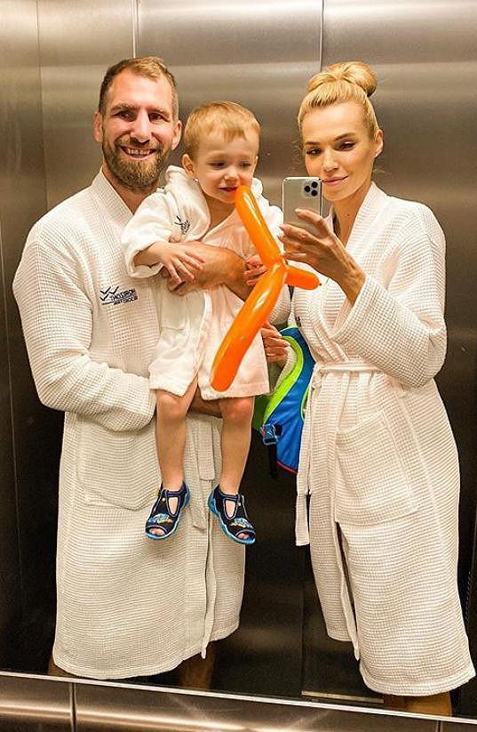 Hanka a André vychovávají syna Andrease.