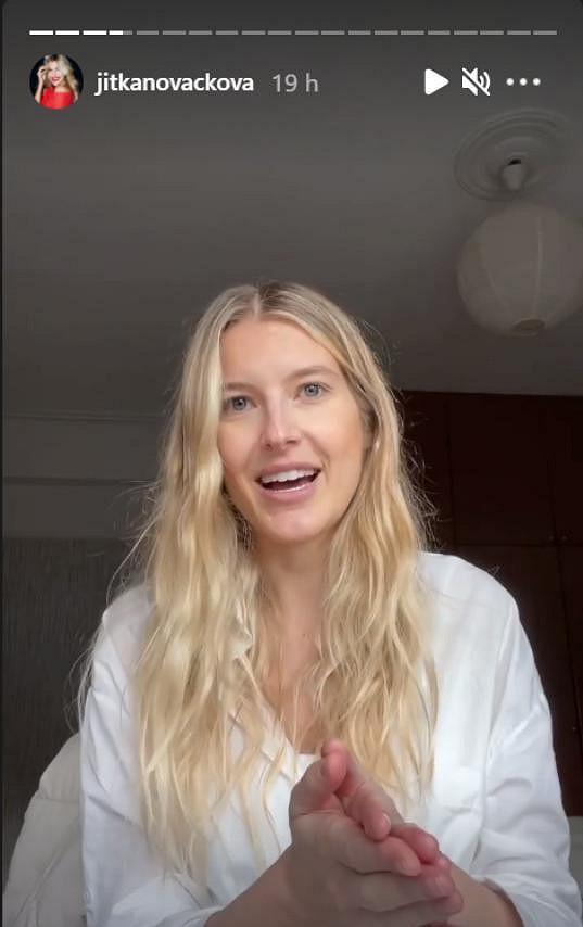 Jitka Nováčková se vyjádřila ke kritickým komentářům pod snímky, na kterých kojí dcerku.