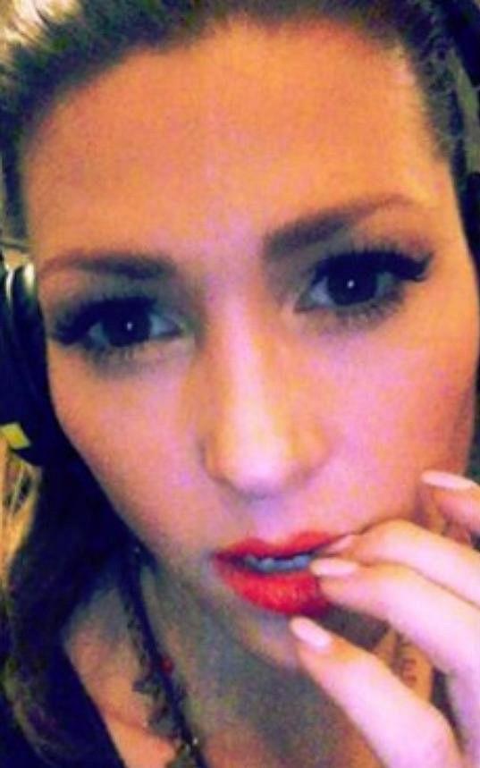 Tereza Kerndlová zveřejnila momentky z nahrávacího studia.
