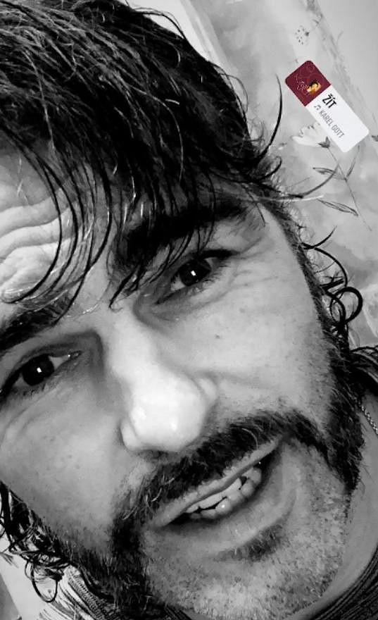 Jaromír Jágr podpořil akci Movember.