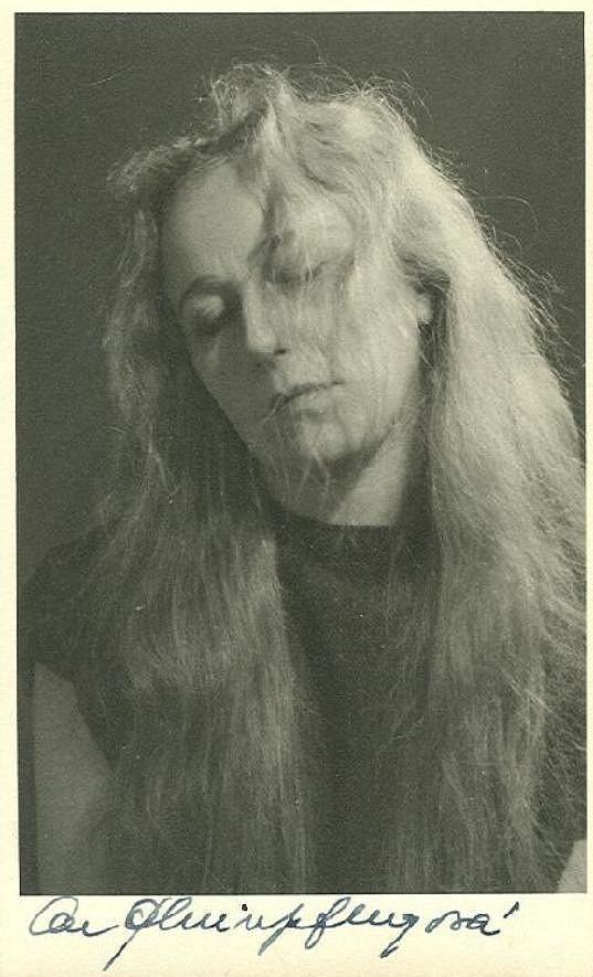 Olga Scheinpflugová v jedné z divadelních rolí.