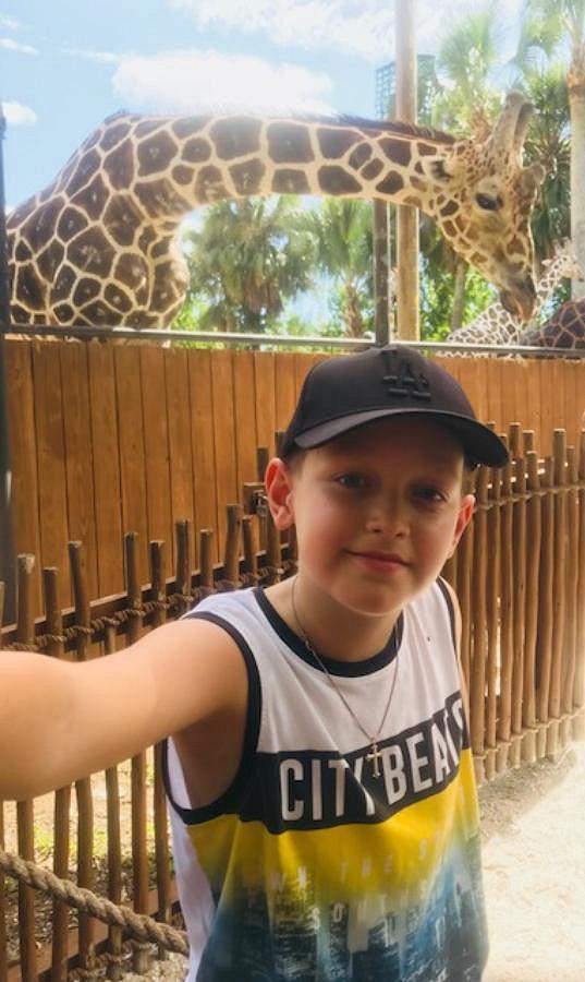 V Naples vyrazila moderátorka se synem do zoo.