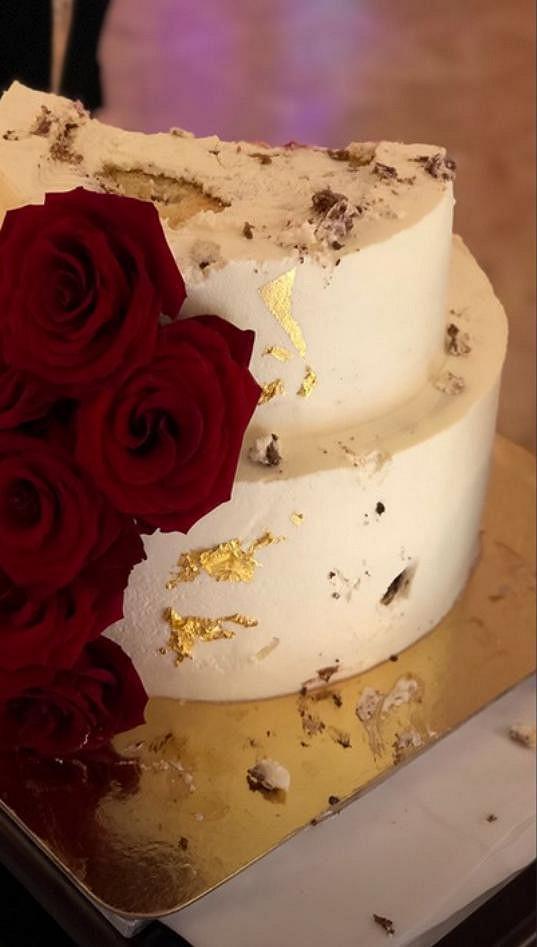 Svatební hosté byli na sociálních sítích sdílní.