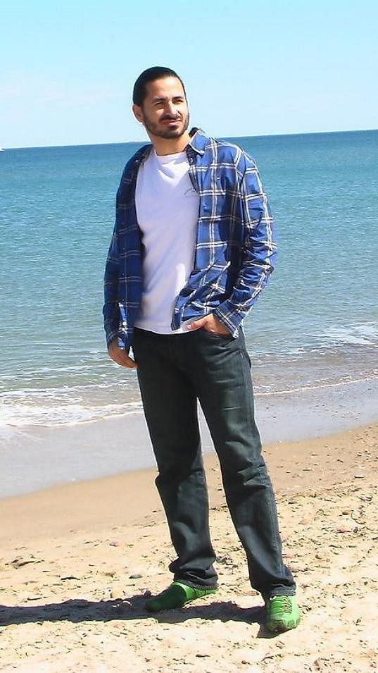 Vladko se odstěhoval do Španělska, kde už několik let spokojeně žije.