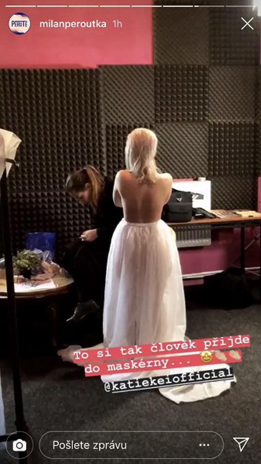 Nahou Katie Kei vyfotil Milan před začátkem natáčení a fotku zveřejnil na Instastories.