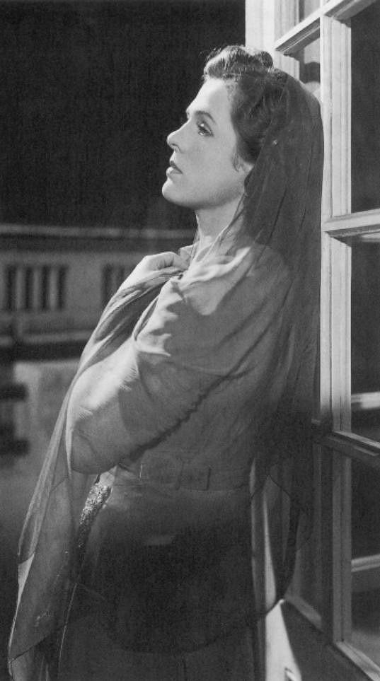 Vlasta Matulová ve filmu Modrý závoj (1941)
