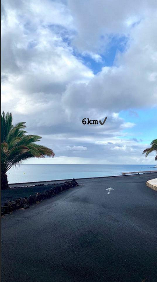 Monika pravidelně sportuje. Ráno si dopřává šestikilometrový běh.