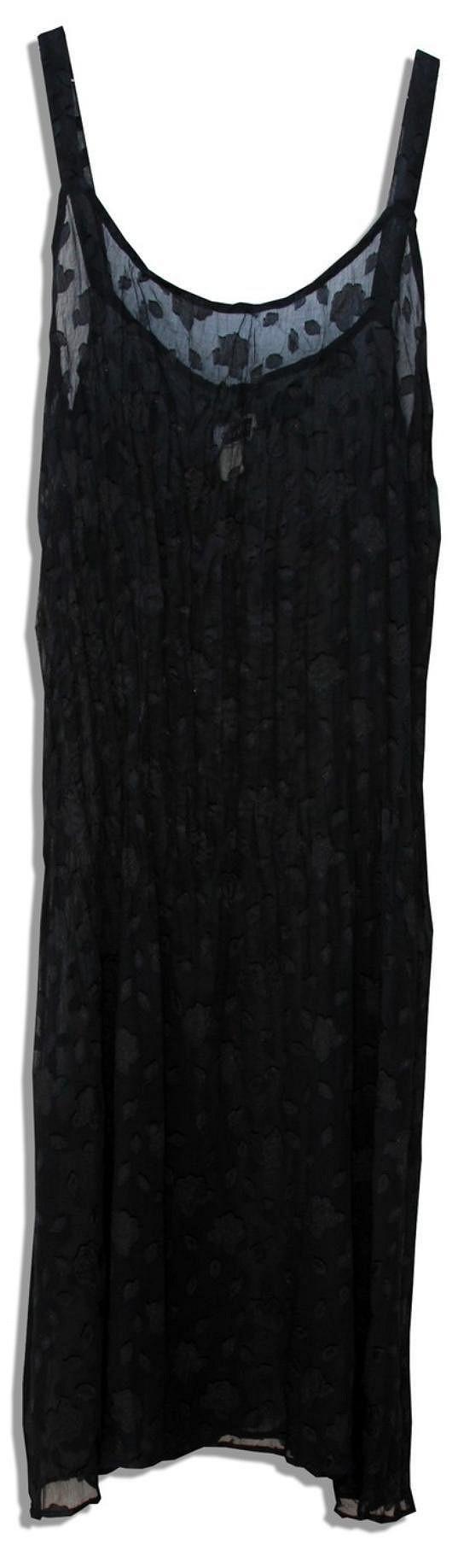 Dráždivé negližé Moniky Lewinské se může skvět ve vašem šatníku.