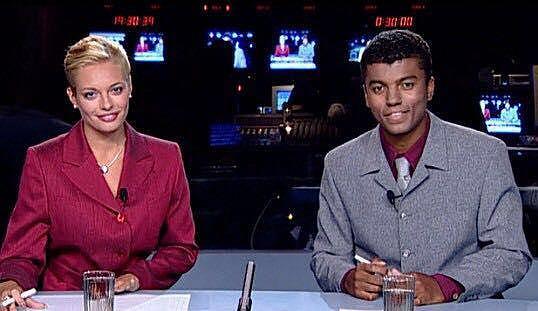 Lucie Borhyová a Rey Koranteng při svém prvním vysílání v srpnu 1999