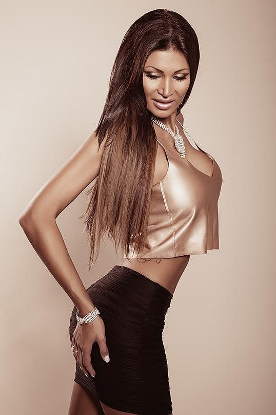 Glamour modelka je pověstná svým silikonovým poprsím.