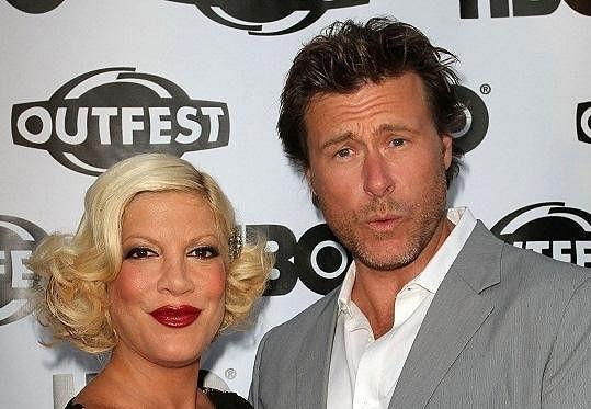 Tori Spelling s manželem.