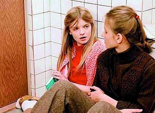 Michaela Kudláčková jako Barča v legendárním seriálu My všichni školou povinní.