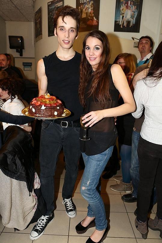 Míša Romanovi upekla bezlepkový dort.