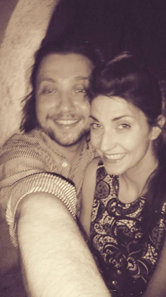 Randí se zpěvačkou Michaelou Zemánkovou.