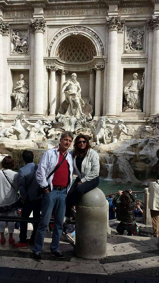 Zpěvačka odletěla s manželem na romantický výlet do Itálie. Let absolvovala ale zcela výjimečně.