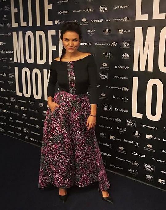 V modelu Beaty na vyhlášení světové soutěže Schwarzkopf Elite Model Look v Miláně