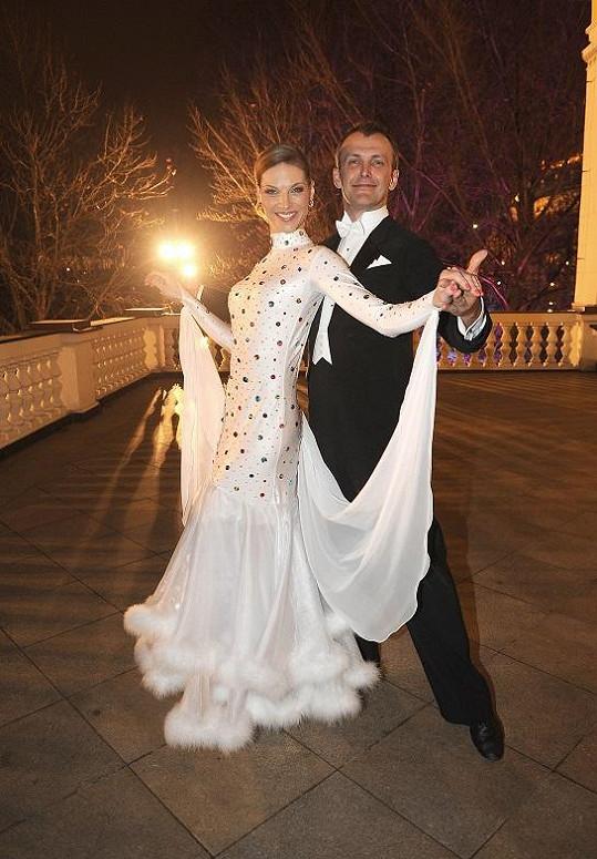 Pavlína Němcová se svým tanečním partnerem ze StarDance.