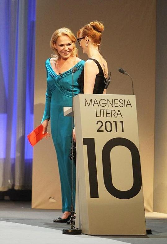 Jednu z cen předala i Dagmar Havlová, moderátorkou večera byla Aňa Geislerová.