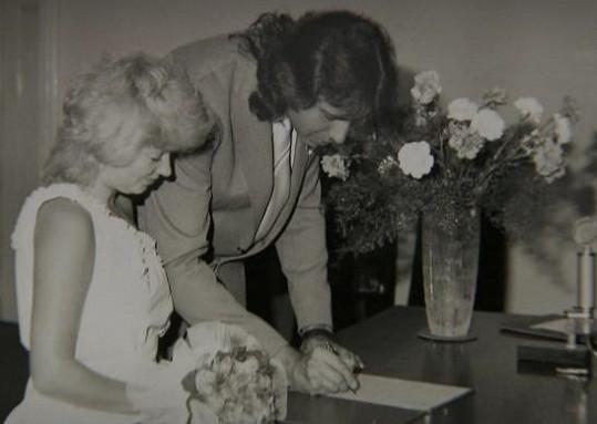 Věra Špinarová a Vítězslav Vávra se vzali v roce 1984.
