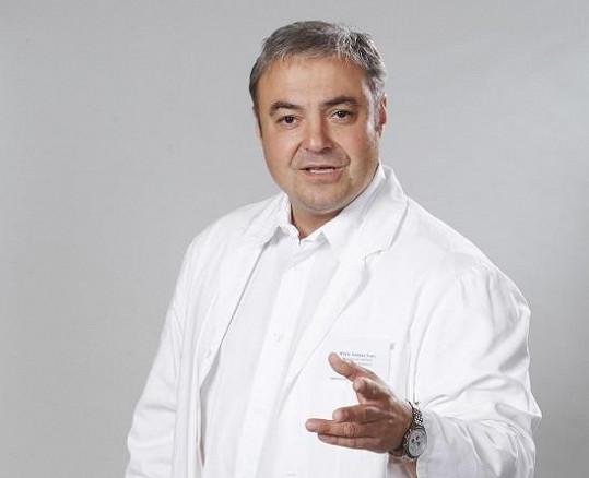 Martin Zounar hraje v Ordinaci doktora Boba Švarce.