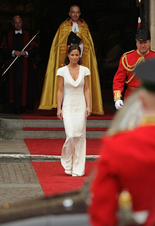 Pippa Middleton v těchto šatech zaujala celý svět.