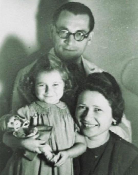 Její rodiče však za války odvlekli do koncentračního tábora. Tatínek se konce války nedožil.