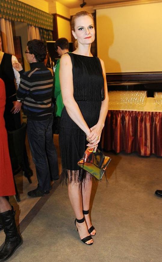 Iva Pazderková měla krásné šaty.