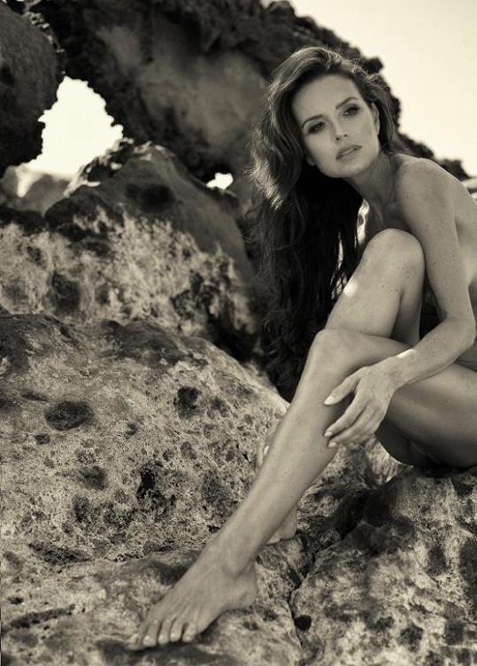 Silvia Lakatošová se modelingu věnuje sporadicky, výsledek ale stojí za to.
